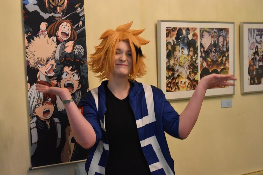 Tina Mörl als Denki Kaminari in der Manga-Ausstellung